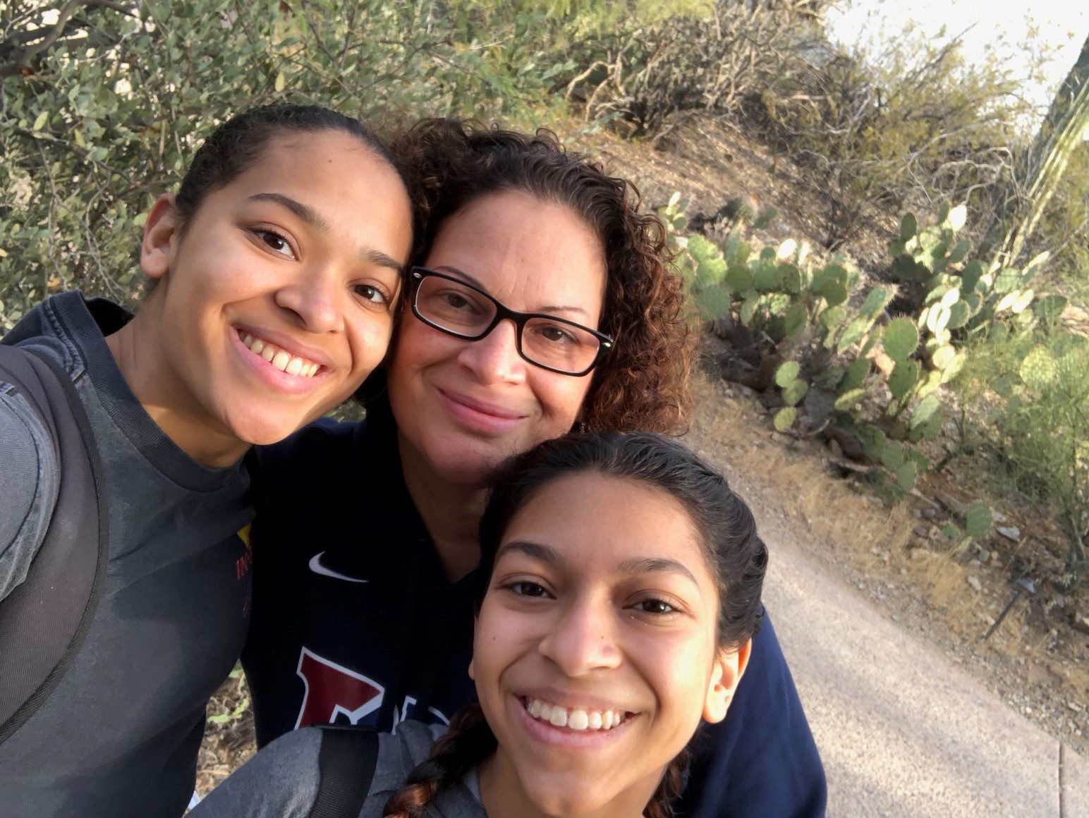 Photo of Robin Soler with her daughters