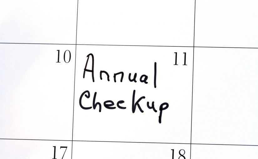 Calendar with reminder note saying: Annual Checkup appointment.