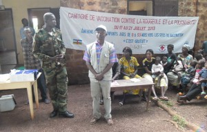 CAR FELTP Residents conducting a vaccination campaign in CAR, 2013.