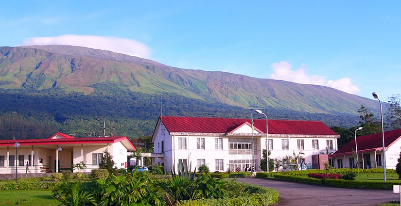 Buea-Regional-Hospital-at-the-foot-of-Mt-Cameroon