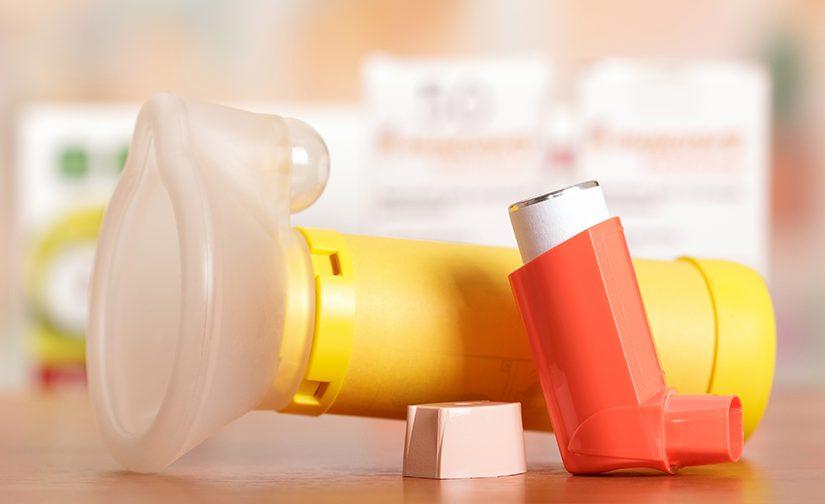 Metered dose inhaler with a mask