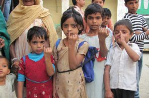 Kids with Polio Vaccine in India