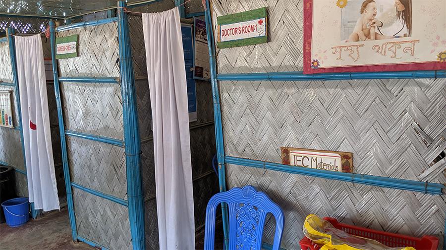 Health post in Rohingya refugee camp. Photo by: Rachael Zacks